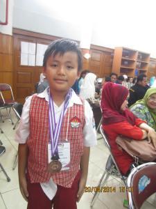 Juara Matematika dengan Medali Olimpiade